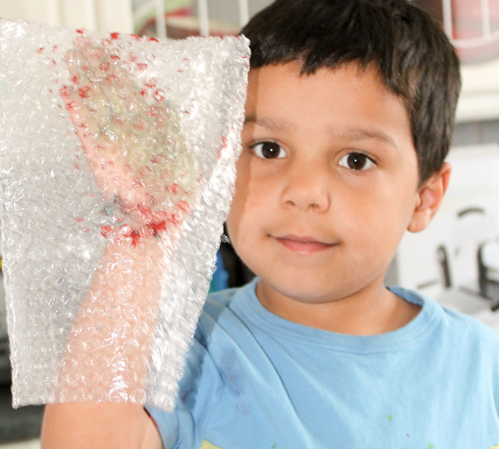 bubble wrap mitten for making hand prints
