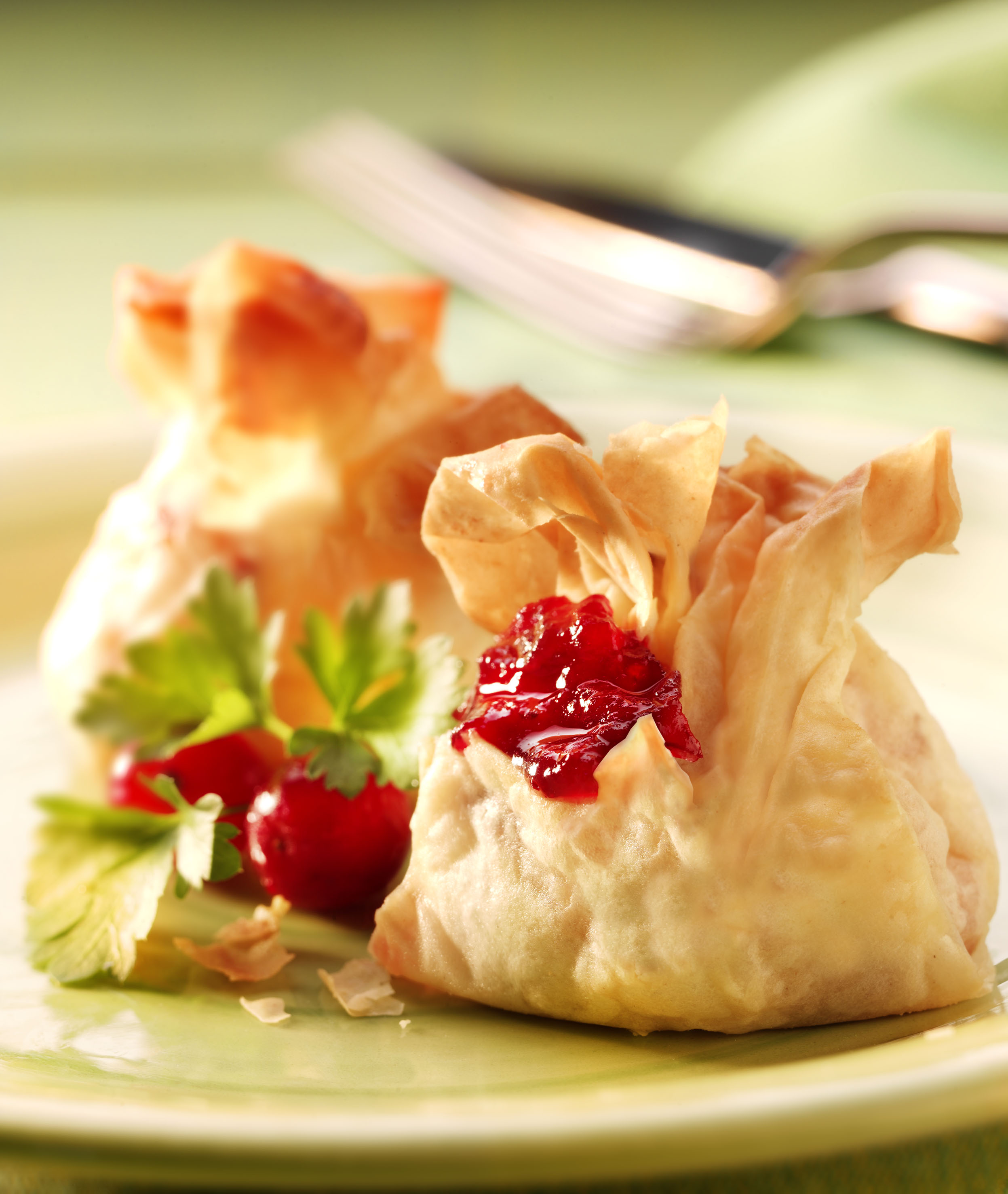 how to cook filo parcels