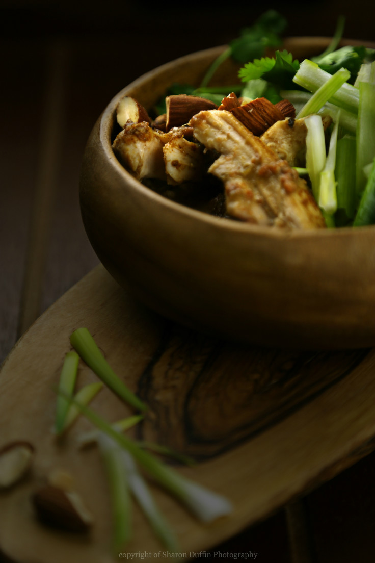 healthy thai almond butter curry recipe. This looks so good!