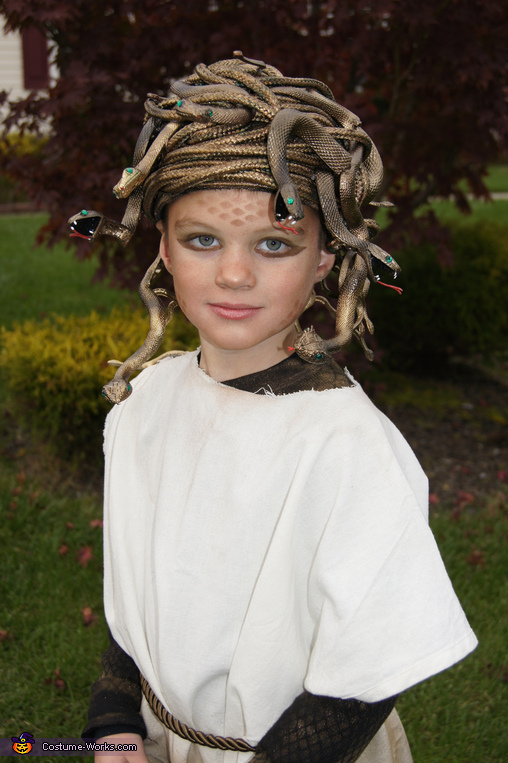 homemade medusa costume world book day costume idea