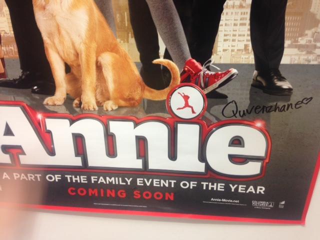 Quvenzhané Wallis signed Annie poster