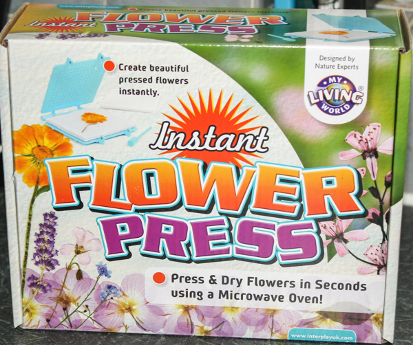 Microwave Instant Flower press from Interplay my living world