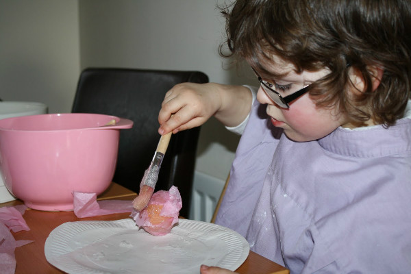 making tissue paper mache eggs