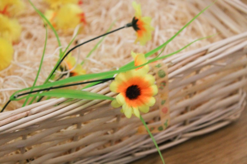 spring flower sensory bin