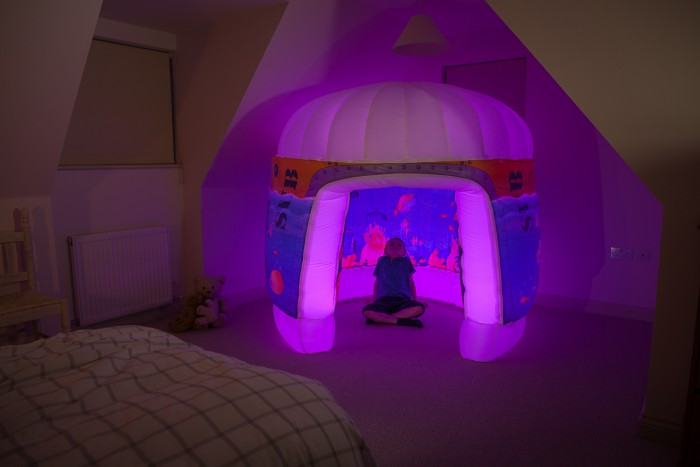 Pods inflatable sensory area for children's room