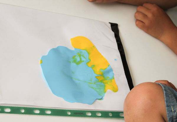 colour mixing with paint