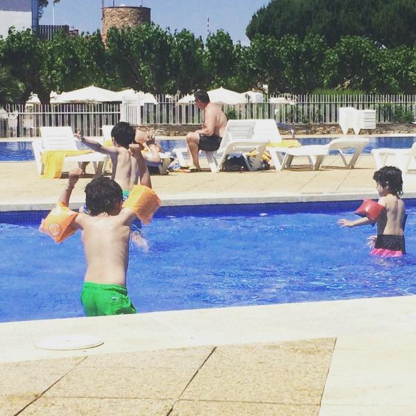 camping cypsela swimming pool