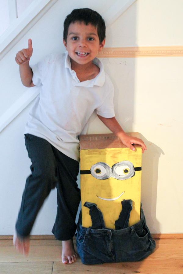minions junk modelling. Make a cardboard box minion