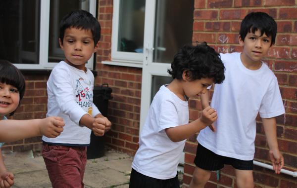 kids running a race