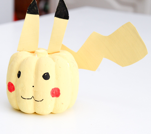 no carve pikachu pumpkin