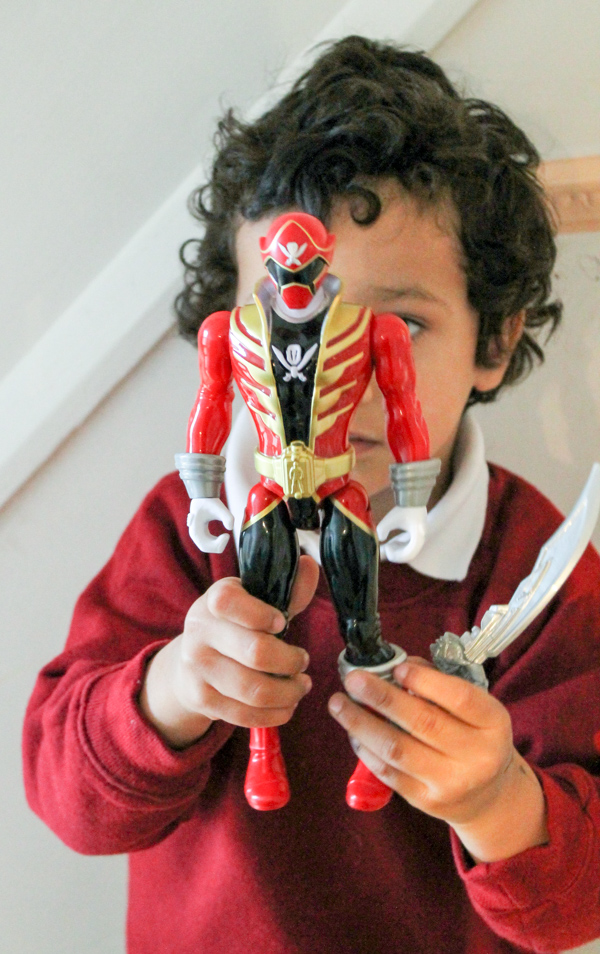 Red Power ranger deluxe sound effects figure
