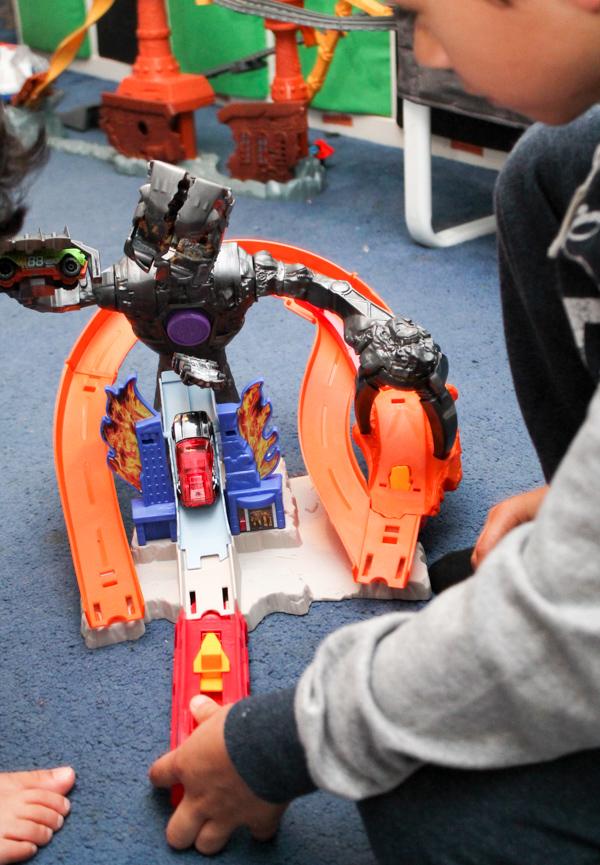 Hot Wheels Nitrobot Attack