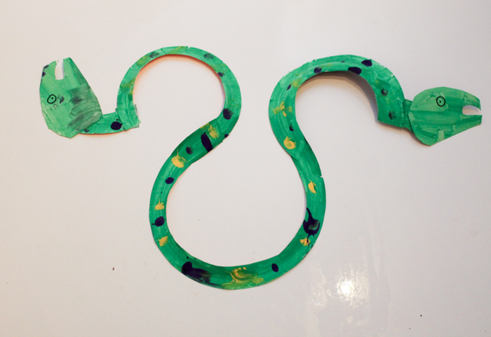 paper plate snake craft to go with eric carle the nonsense show