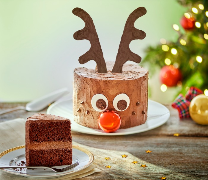 reindeer christmas cake idea