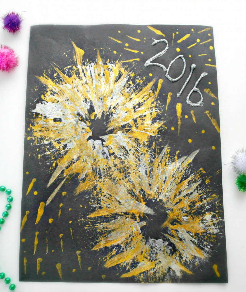 new years eve craft for kids, firework painting with a toilet roll tube