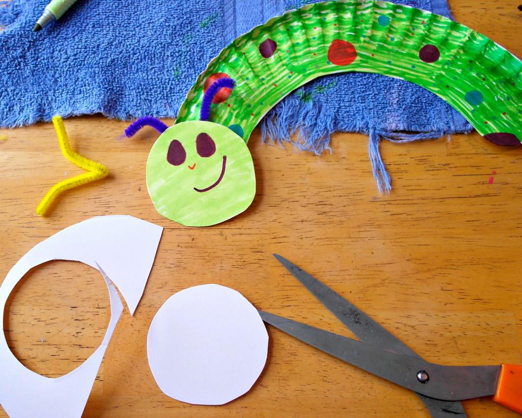 paper plate caterpillar head