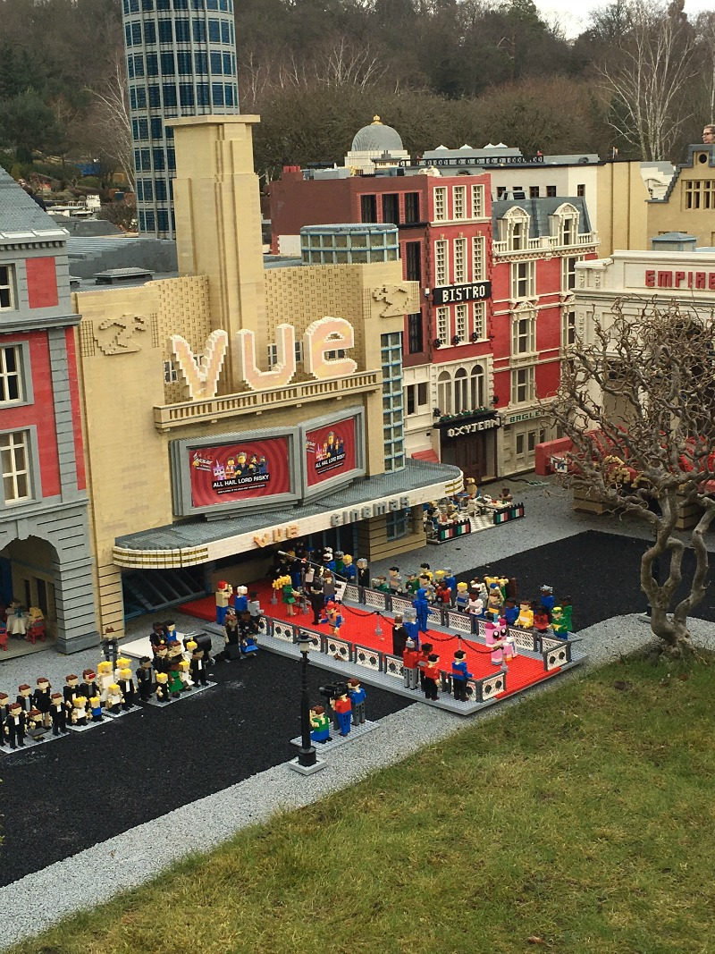 miniland cinema at legoland windsor