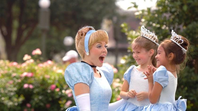 magic-kingdom-cinderella-kids-1