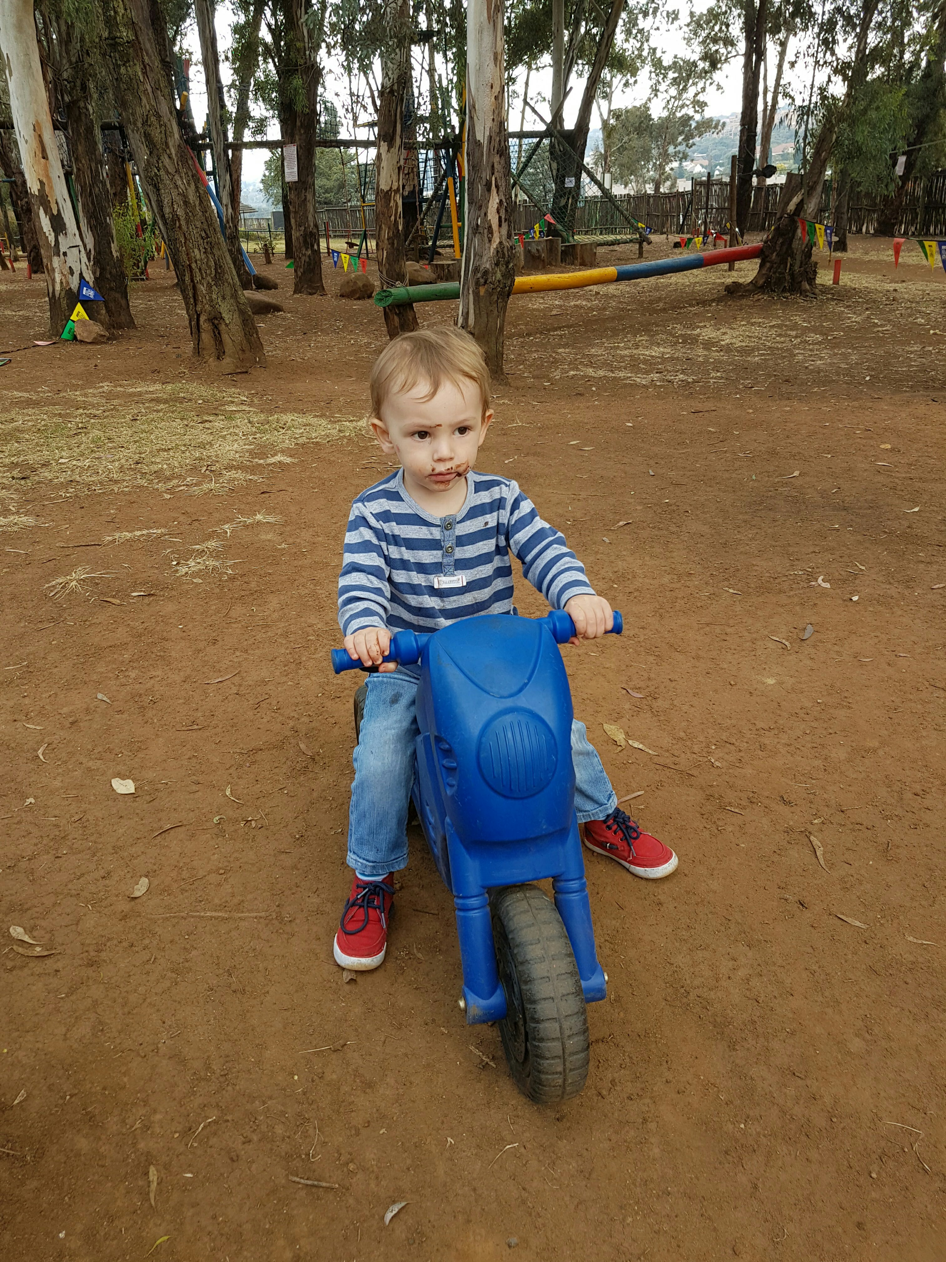 swing seat johannesburg chair cover top 20 child friendly cafes and restaurants in