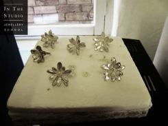Fusing Argentium Silver flowers using a kiln