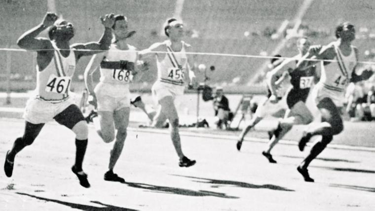 Οι Αμερικανοί Έντι Τόλαν και Ραλφ Μέτκαλφ τερματίζουν ταυτόχρονα στους Ολυμπιακούς Αγώνες του Λος Άντζελες το 1932!