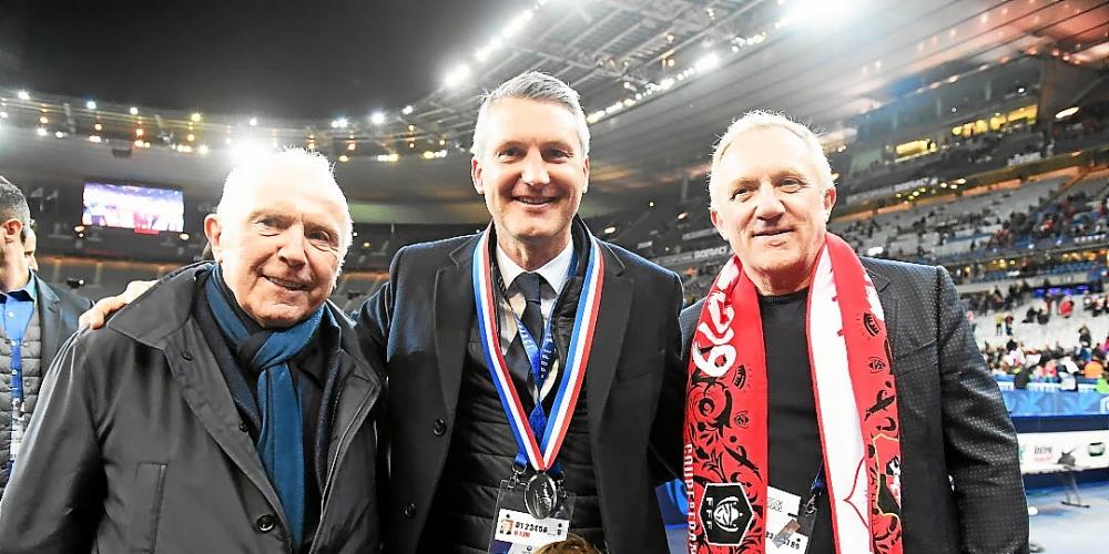 Οι δυο ιδιοκτήτες της Ρεν και ο πρώην πρόεδρος της ομάδας την ημέρα κατάκτησης του Κυπέλλου Γαλλίας.