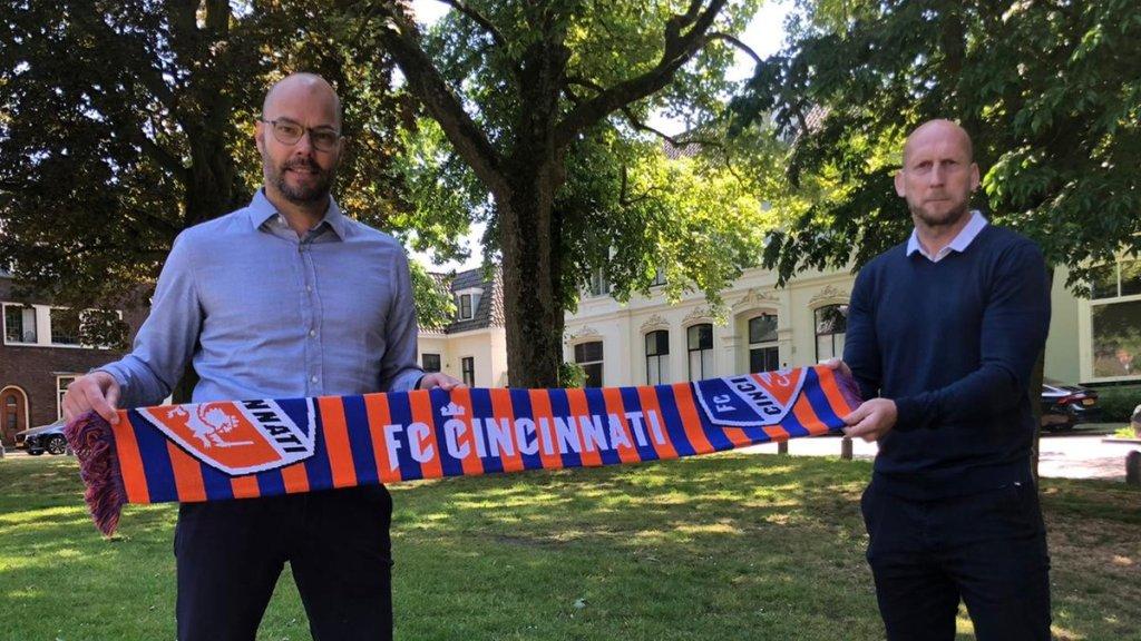 Το ολλανδικό δίδυμο του Σινσινάτι : o GM Τζέραντ Νάικαμπ και ο προπονητής Γιαπ Σταμ!