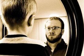poor-reflection-self-image