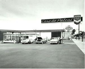 casa-de-petrol-1961