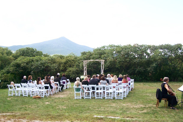 New Hampshire Wedding Venues:The Darby Field Inn, Albany NH