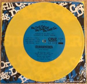 yellow_vinyl_cruz_big_drill_car_surrender_45