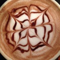 Cafe La Reine | mocha latte art