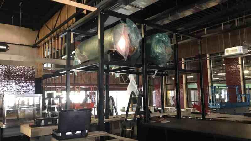 Gethematiseerde bar van staal I Playdome Roosendaal I Intowood