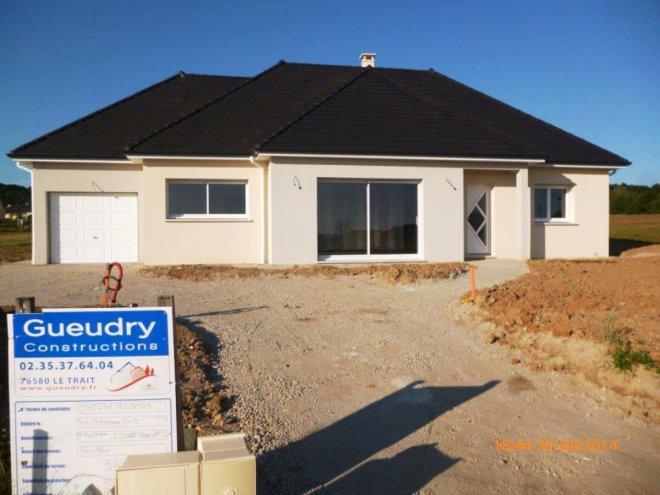 Maison De Plain Pied 76 13052 Gueudry