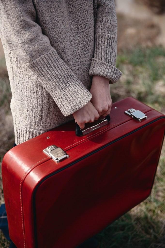 luggage, case, portfolio-3281031.jpg
