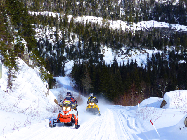 Snowmobile Cote Nord Quebec Tour Planner