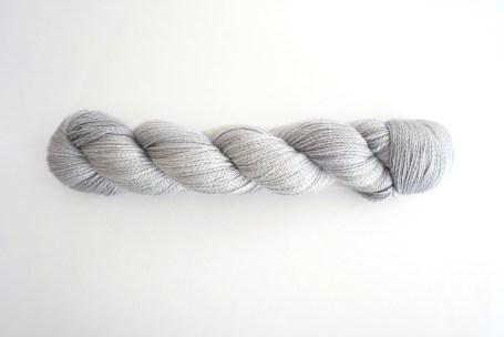 yarn-cashsilk-lace-silver