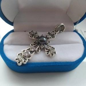 Срібні хрестики