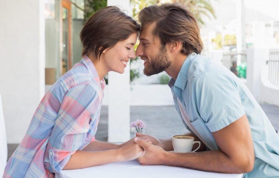 Как начать встречаться с другом