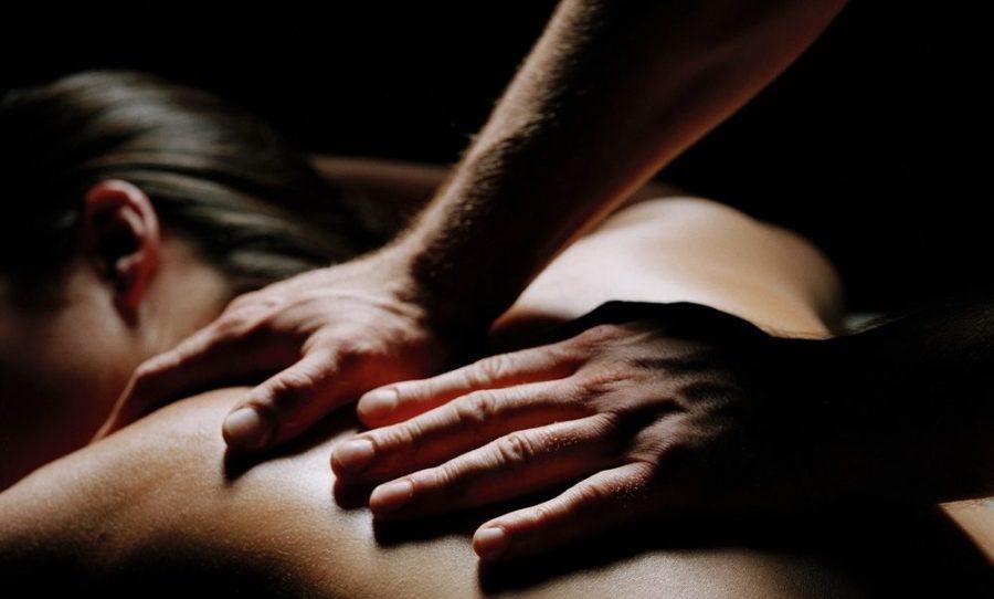 эротический массаж спины