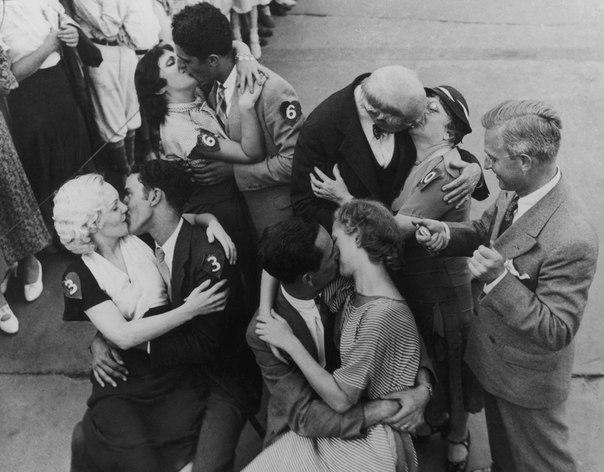 Самый долгий поцелуй в мире