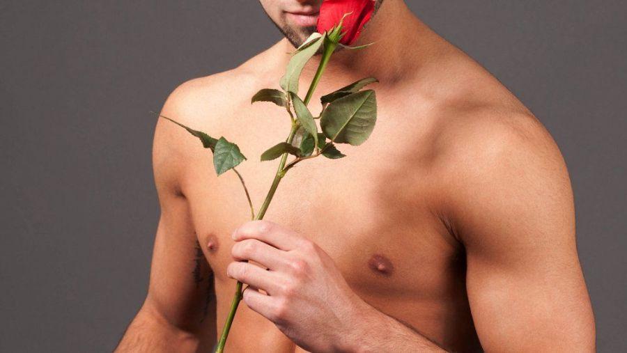 Как мужчина проявляет любовь