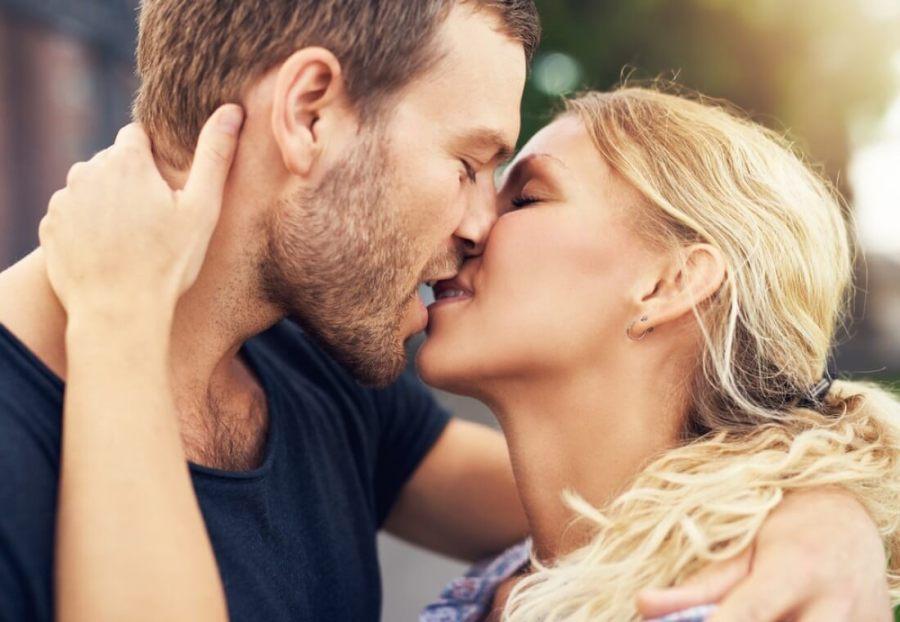 поцелуй 4