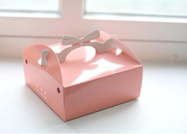 mẫu in hộp bánh kem đại trà đẹp