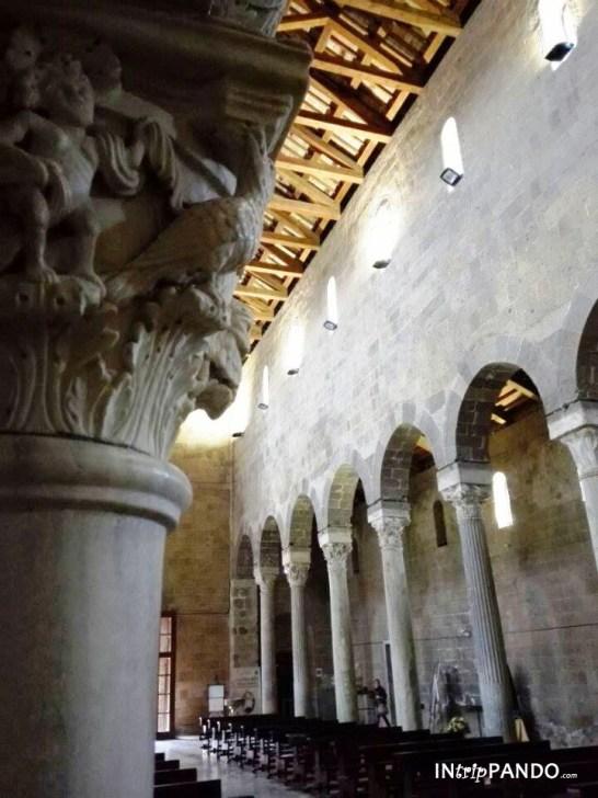 navata del duomo di Casertavecchia