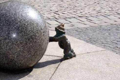 Statue di gnomi a Breslavia
