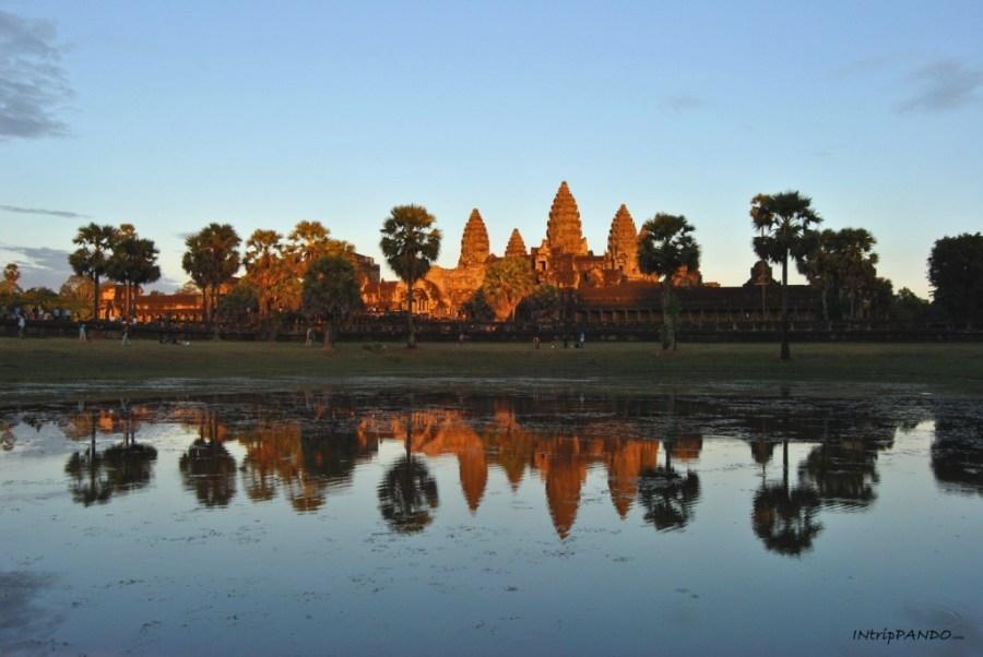 tramonto all'Angkor Wat