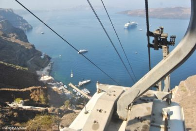 Cable car che collega Fira al porto