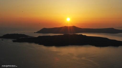 Tramonto sulla caldera di Santorini
