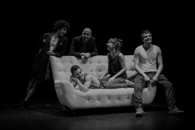 Crítica da peça Shopping & Fucking, de Mark Ravenhill, com encenação de Gonçalo Carvalho, apresentada a 22/11/2019 no Auditório Fernando Lopes Graça   INTRO